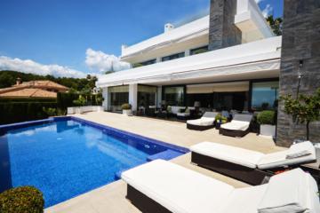 5 Bedroom, 5 Bathroom Villa For Sale In Nagueles, Marbella