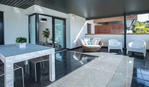 2 Schlafzimmer, 2 Badezimmer Apartment Zum Verkauf in Cumbre de los Almendros, Benahavis