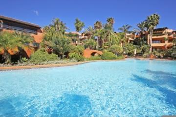 3 Bedroom, 2 Bathroom Apartment For Sale in Mansion Club, Marbella Golden Mile
