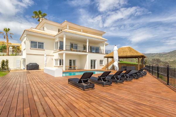 5 Chambre, 5 Salle de bains Villa A Vendre danse Marbella