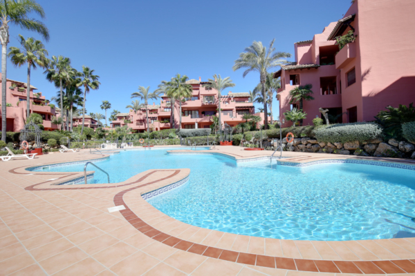 2 Bedroom2, Bathroom Apartment For Sale in Menara Beach, Estepona