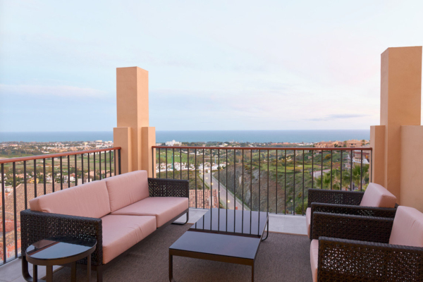 2 Bedroom, 2 Bathroom Penthouse For Sale in Twenty Two, Benahavis
