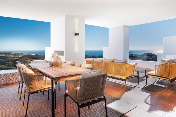 3 Bedroom, 3 Bathroom Apartment For Sale in The Suites la Cala, La Cala de Mijas, Mijas Costa