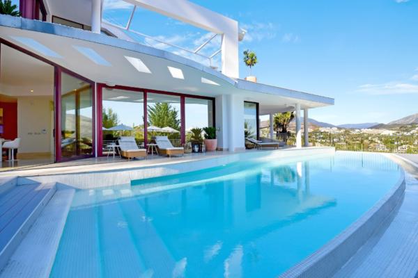 7 Спальня, 6 Ванная Вилла Продается в Lorcrimar, Nueva Andalucia