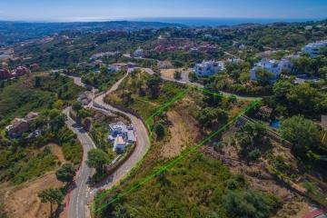Plot For Sale in La Mairena, Marbella
