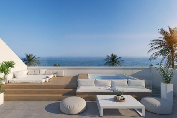 5 Bedroom, 5 Bathroom Villa For Sale in Benamara, Atalaya, Estepona