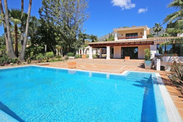 8 Chambre, 6 Salle de bains Villa A Vendre danse Cortijo Nagüeles, Marbella Golden Mile