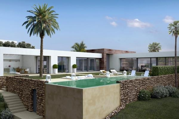 4 Bedroom, 4 Bathroom Villa For Sale in Los Altos de los Monteros, Marbella