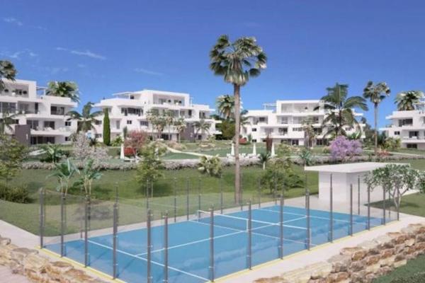 3 Bedroom, 2 Bathroom, Apartment for Sale in Marques de Guadalmina, Estepona