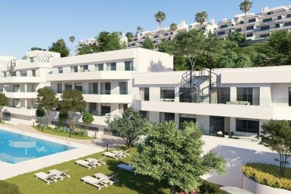 3 Bedroom, 2 Bathroom Penthouse For Sale in Oceana Gardens, Cancelada, Estepona