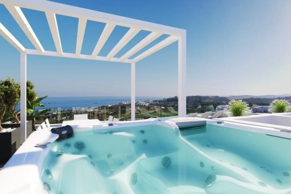 4 Bedroom, 2 Bathroom, Penthouse for Sale in One 80 Residences, Estepona