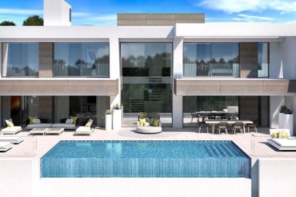 4 Bedroom, 4 Bathroom, Villa for Sale in Light Blue Villas, Estepona