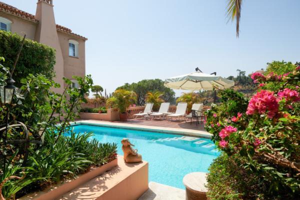5 Bedroom5, Bathroom Villa For Sale in El Madronal, Benahavis