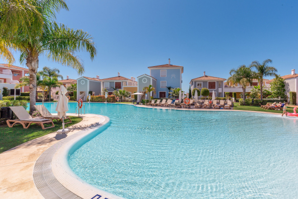 2 Bedroom2, Bathroom Apartment For Sale in Cortijo del Mar, Estepona