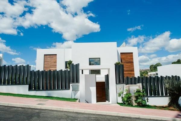 5 Bedroom, 6 Bathroom, Villa for Sale in Los Olivos Nueva Andalucia, Marbella