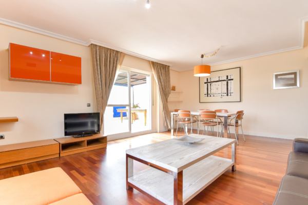 3 Bedroom2, Bathroom Penthouse For Sale in Lorcrimar, Marbella