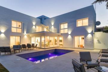 6 Bedroom, 6 Bathroom, Villa for Sale in Villa Londres, Marbella