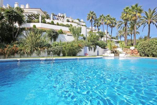 3 Bedroom2, Bathroom Townhouse For Sale in Ancon Sierra, Marbella Golden Mile