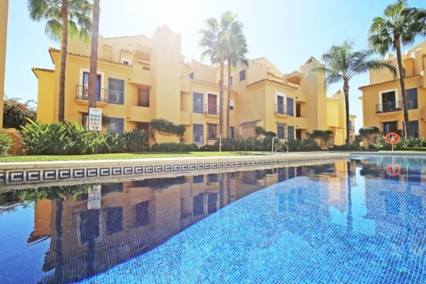 2 Bedroom2, Bathroom Penthouse For Sale in Arroyo de las Piedras, Marbella Golden Mile