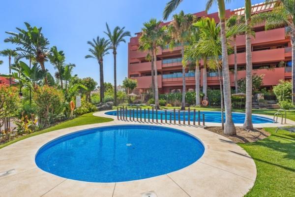 2 Bedroom2, Bathroom Apartment For Sale in Guadalmansa Playa, New Golden Mile, Estepona
