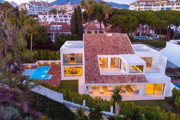 Villa inNueva Andalucia, Marbella