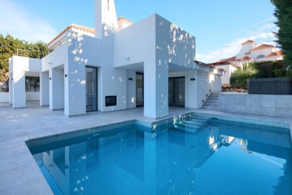 4 Chambre, 4 Salle de bains Villa A Vendre danse Las Lomas de Nueva Andalucia, Marbella
