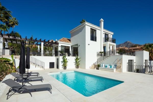 4 Bedroom3, Bathroom Villa For Sale in Los Naranjos Hill Club, Nueva Andalucia, Marbella