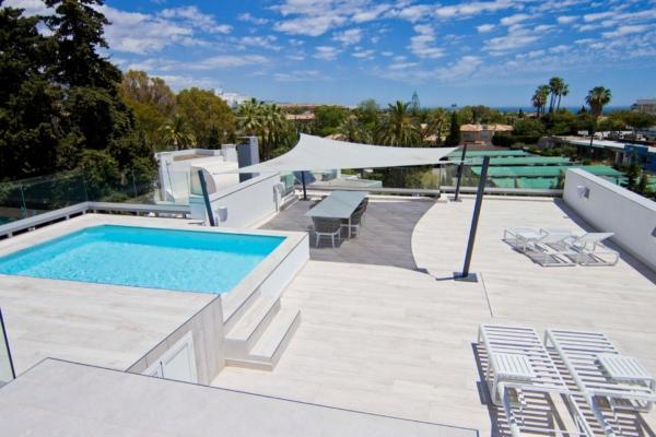 7 Bedroom7, Bathroom Villa For Sale in Guadalmina Alta, San Pedro de Alcantara