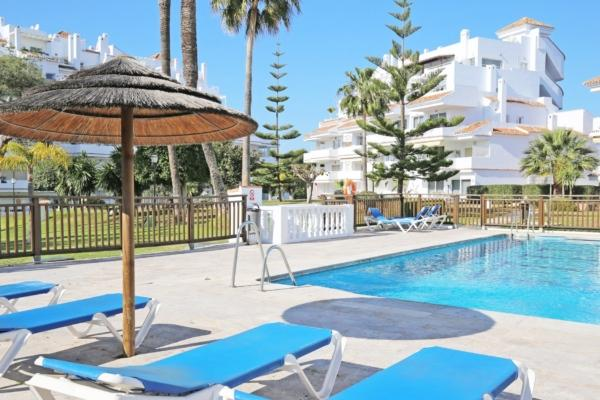 2 Bedroom2, Bathroom Apartment For Sale in Royal Garden, Nueva Andalucia, Marbella