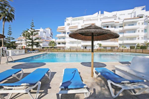 2 Schlafzimmer, 2 Badezimmer Apartment Zum Verkauf in Royal Garden, Nueva Andalucia, Marbella