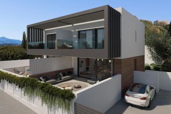 3 Bedroom, 2 Bathroom, Villa for Sale in Estepona
