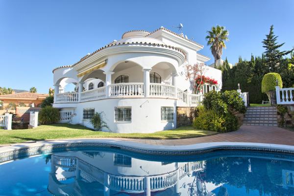 4 Chambre, 3 Salle de bains Villa A Vendre danse Hacienda Torrequebrada, Benalmadena