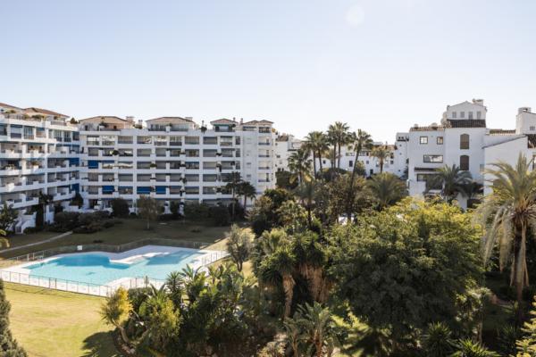 3 Chambre, 2 Salle de bains Appartement A Vendre danse Jardines del Puerto, Marbella