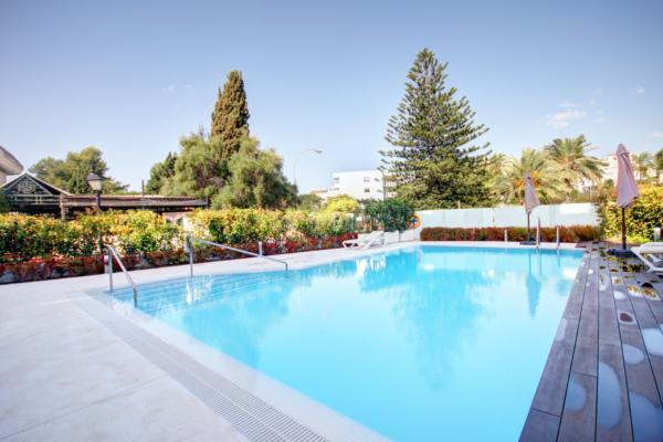 3 Schlafzimmer, 2 Badezimmer Apartment Zum Verkauf in Royal Garden, Marbella
