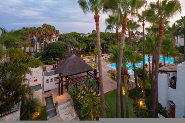 4 Bedroom4, Bathroom Penthouse For Sale in Marina Puente Romano, Marbella