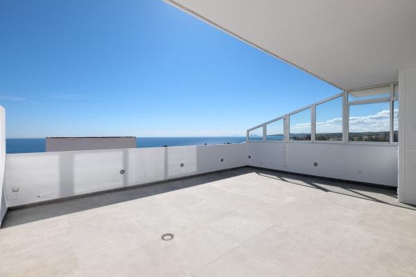 3 Спальня, 2 Ванная Пентхаус Продается в Guadalobón, Estepona