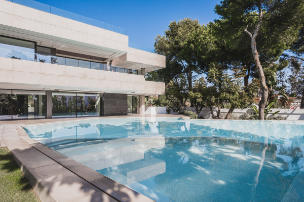 6 Спальня, 6 Ванная Вилла Продается в Casasola, Estepona