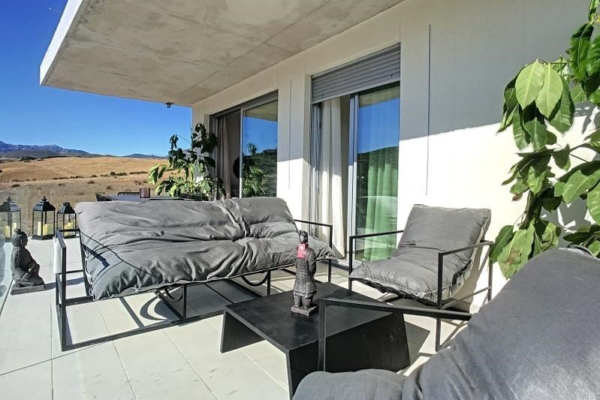 3 Bedroom, 3 Bathroom, Apartment for Sale in Estepona