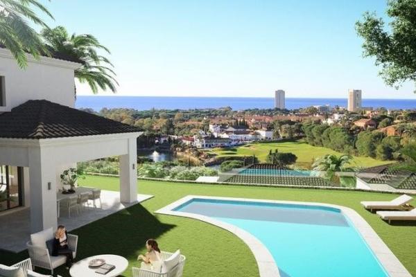 3 Bedroom, 4 Bathroom, Villa for Sale in Santa Maria Golf, Marbella East