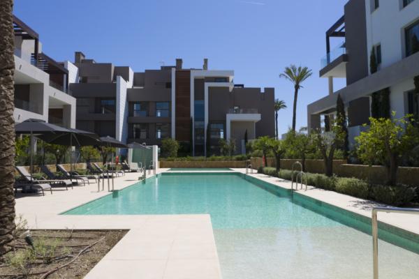 2 Спальня, 2 Ванная Апартамент Продается в Cancelada, Estepona