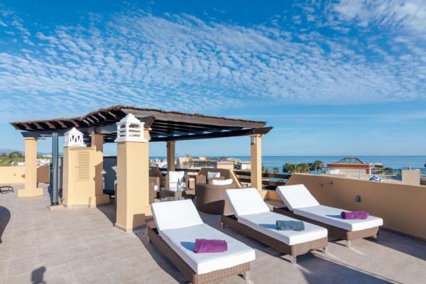 3 Schlafzimmer, 3 Badezimmer Penthaus Zum Verkauf in Costalita, Estepona