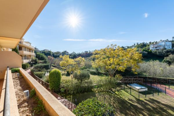 3 Bedroom, 3 Bathroom Apartment For Sale in Sotogrande