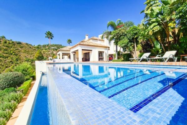 6 Schlafzimmer, 7 Badezimmer Villa Zum Verkauf in La Quinta, Benahavis