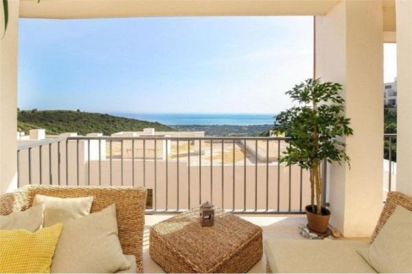3 Bedroom, 2 Bathroom Apartment For Sale in Samara Resort Marbella, Los Monteros, Marbella East