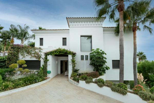 6 Dormitorio, 6 Baño Villa En Venta en Lomas de Magna Marbella, Golden Mile